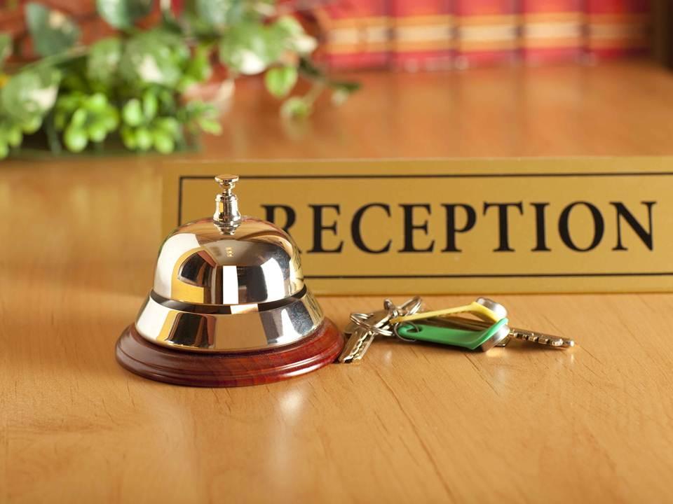 Dialog Singkat Reservation Hotel  Contoh Dialog Seorang Resepsionis